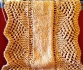 Knit scalloped table runner
